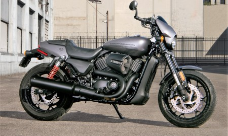 17-hd-street-rod-1-large@x2