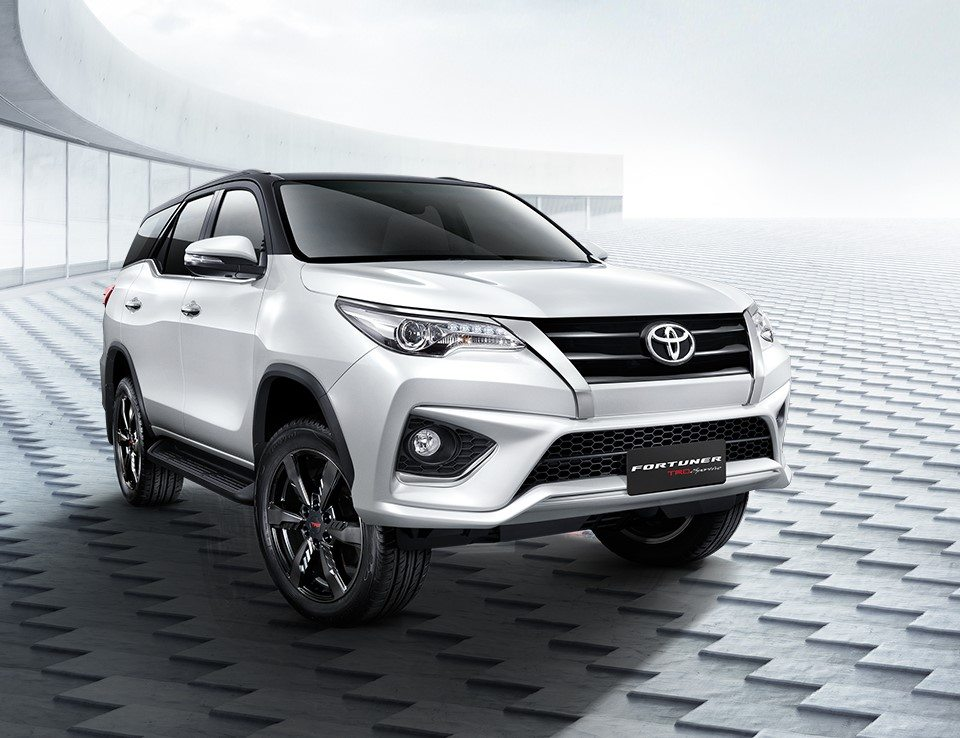 Fortuner Car Price In India