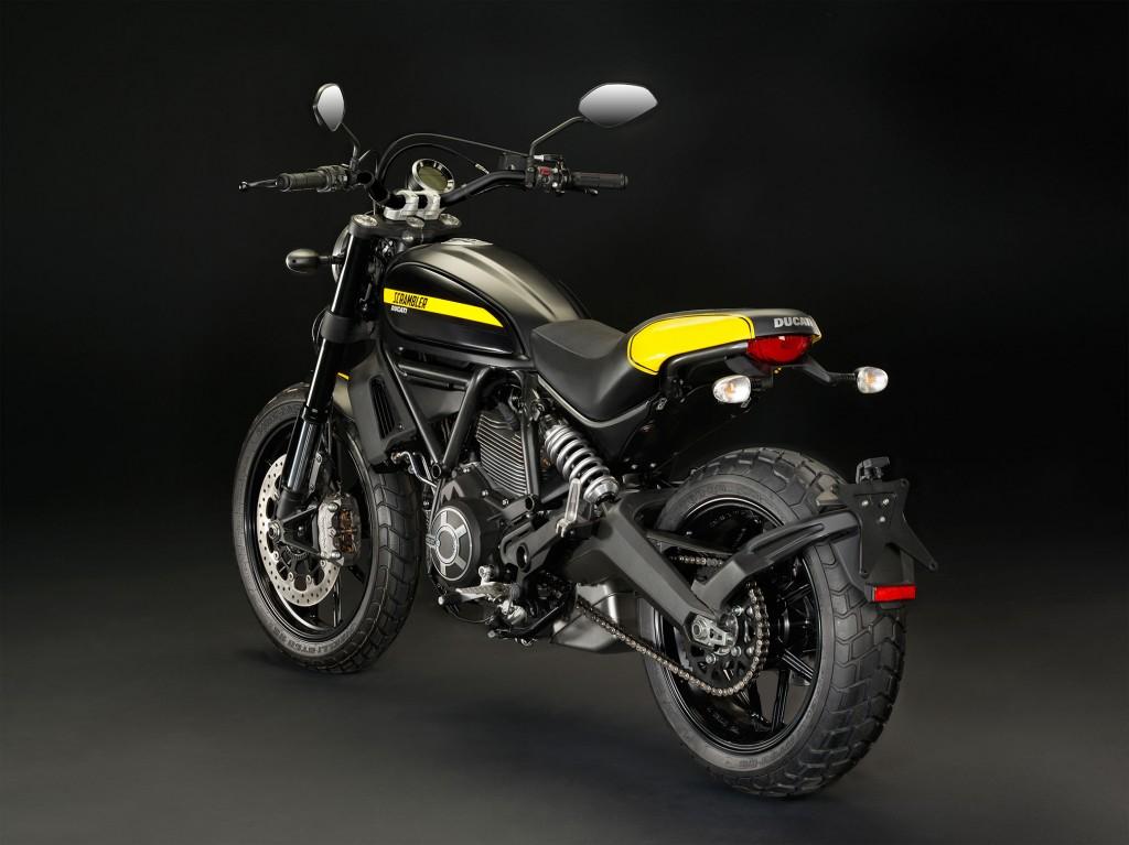 2015-ducati-scrambler-full-throttle4
