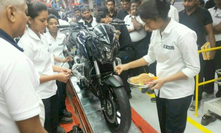 bajaj-dominar-400-production-starts-1