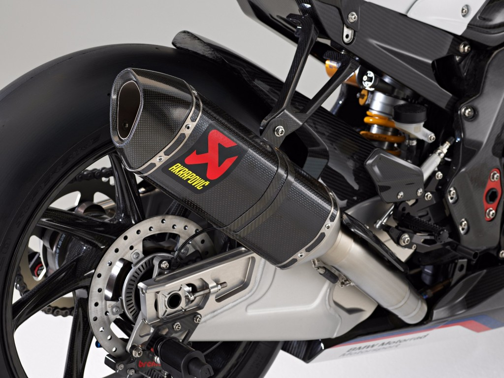 BMW-HP4-Race-10