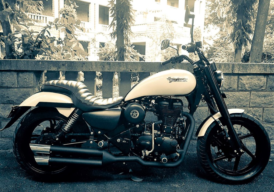 Royal Enfield Thunderbird 500 Iron Maiden