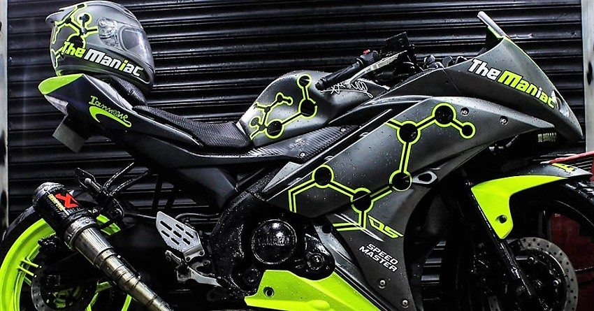 Meet Yamaha R15 Maniac Edition by Dhana Stickers