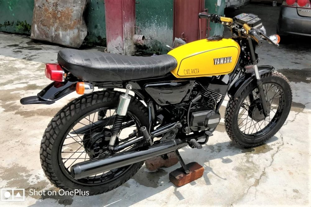Perfectly Restored Yamaha RX 100 by Vedansh Automobile