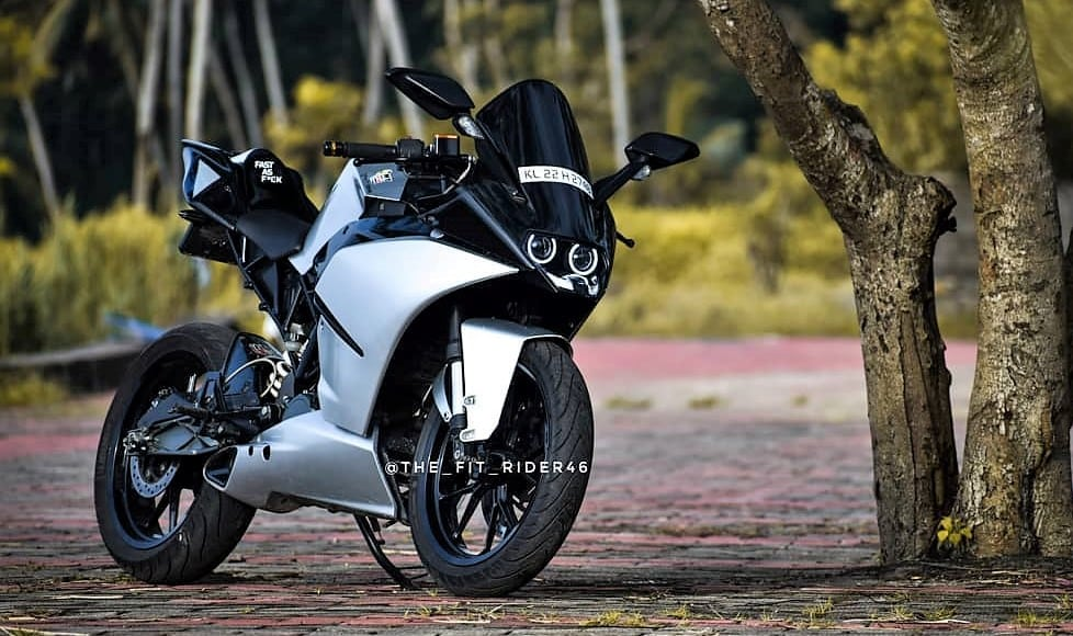 Modified KTM RC 200 Pearl Silver Edition