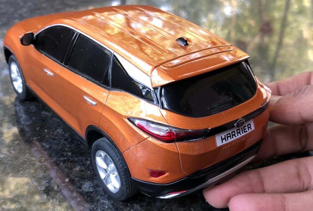 1:20 Tata Harrier Scale Model Rear 3-Quarter