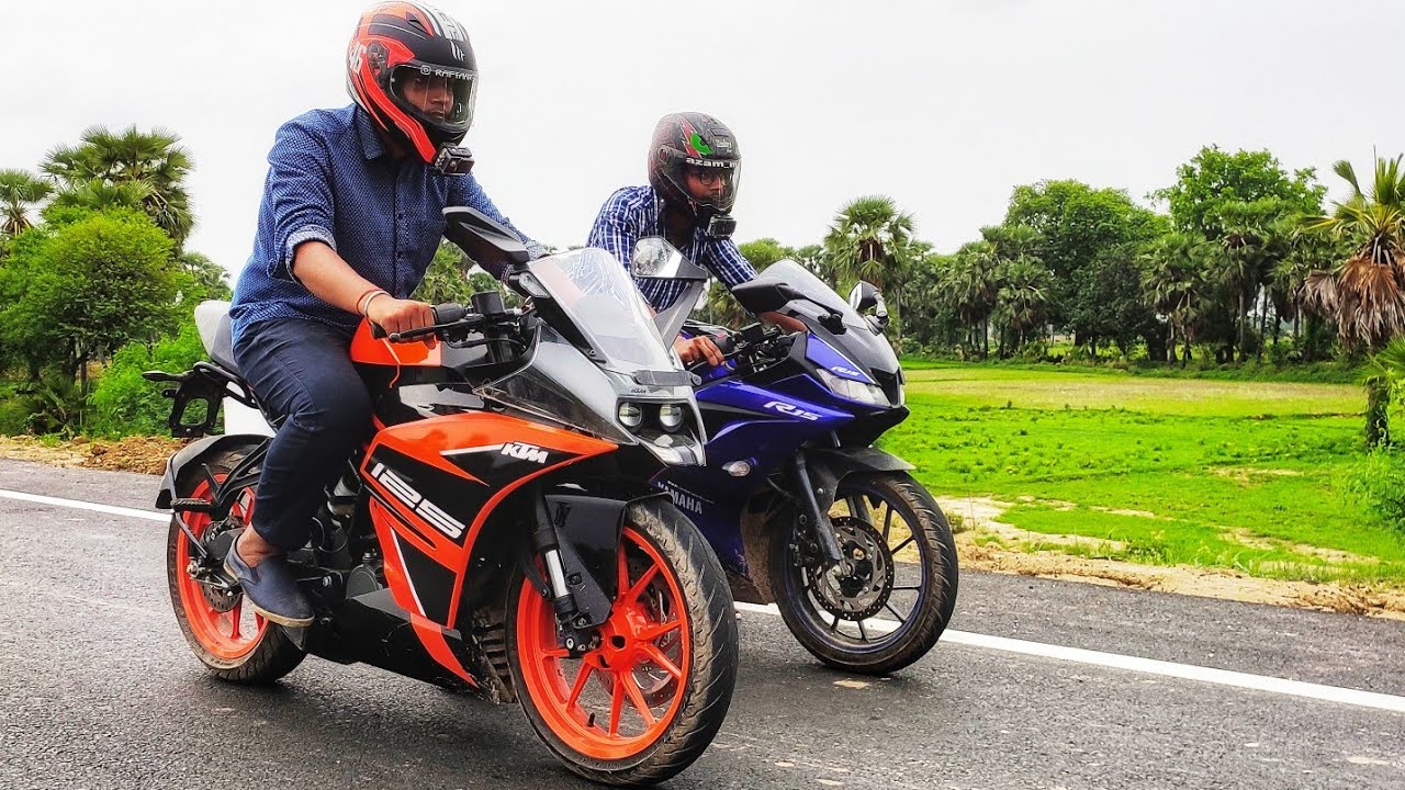 KTM RC 125 vs Yamaha R15 Version 3