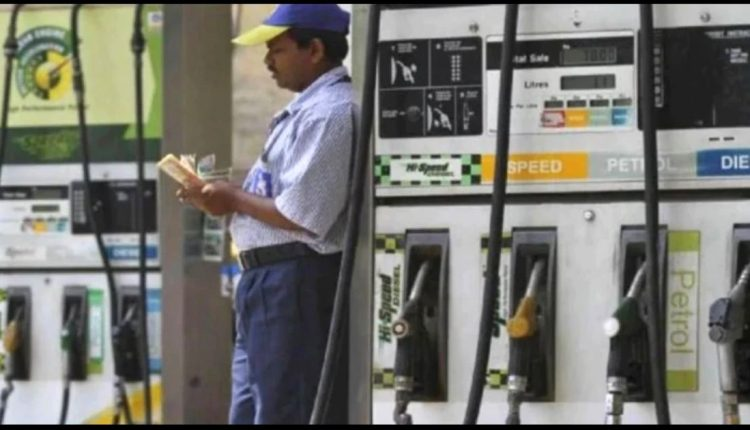 Government to Increase Excise Duty on Petrol & Diesel by INR 8 Per Litre