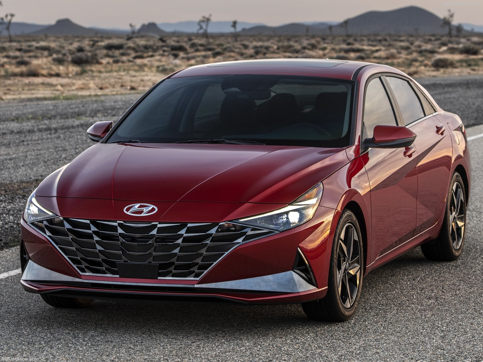 2021 Hyundai Elantra Luxury Sedan Officially Unveiled