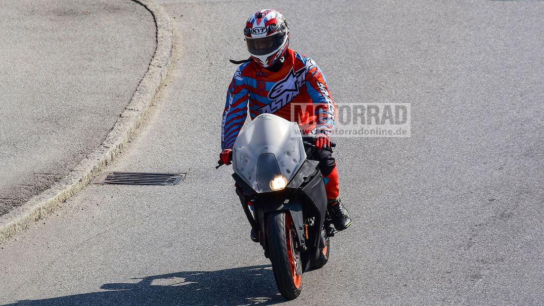 Next Gen Ktm Rc 390 Spotted Again In A New Set Of Photos